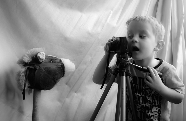 chlapec fotograf